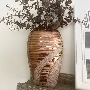 Other - Gold Accent Vase